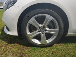 Mercedes-Benz E 200 Avantgarde - Image 5