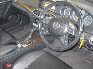 Mercedes-Benz C-Class C180 BlueEfficiency Classic auto - Image 5