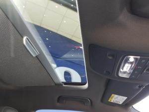 Audi S3 Stronic 3-Door - Image 12
