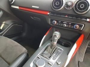 Audi S3 Stronic 3-Door - Image 8