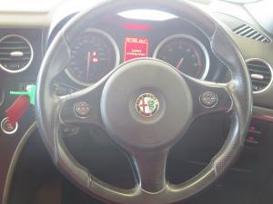 Alfa Romeo 159 3.2 Q4 Distinctive Q-Tronic - Image 8