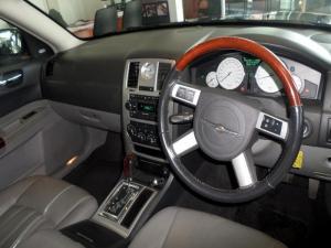 Chrysler 300C 5.7 Hemi V8 automatic - Image 5
