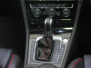 Volkswagen Golf VII GTi 2.0 TSI DSG - Image 10