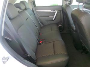 Chevrolet Captiva 2.2D LT - Image 9