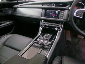 Jaguar XF 20d R-Sport - Image 10