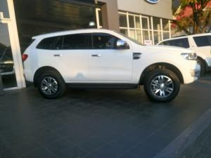 Ford Everest 3.2 4WD Limited - Image 2