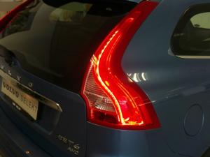 Volvo XC60 T6 AWD Inscription - Image 11