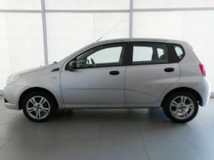 Chevrolet Aveo 1.6 L hatch - Image 4