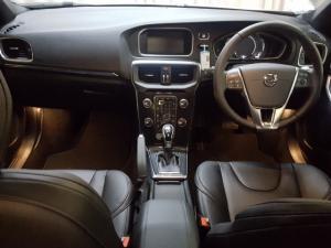 Volvo V40 T3 Momentum auto - Image 6
