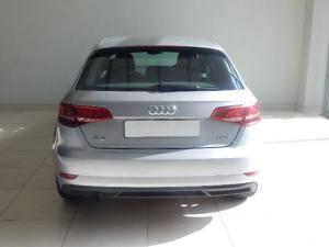 Audi A3 sedan 1.0TFSI auto - Image 4