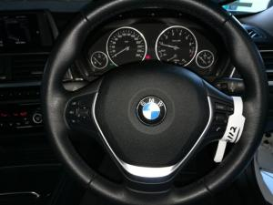 BMW 3 Series 320i Luxury auto - Image 12
