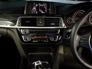BMW 3 Series 320i Luxury auto - Image 9
