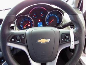 Chevrolet Cruze 1.8 LT - Image 12