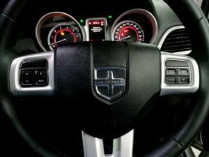 Dodge Journey 2.4 SXT - Image 11