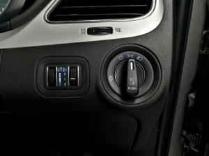 Dodge Journey 2.4 SXT - Image 13