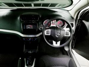Dodge Journey 2.4 SXT - Image 6