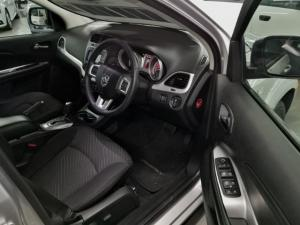 Dodge Journey 2.4 SXT - Image 7