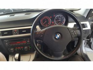 BMW 3 Series 320i steptronic - Image 9