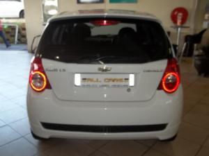 Chevrolet Aveo 1.6 LS hatch - Image 5