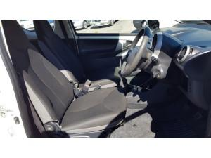 Toyota Aygo 3-door 1.0 Fresh - Image 6