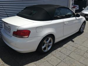 BMW 120i Convertible automatic - Image 6