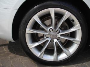 Audi A5 2.0 TDI Multi - Image 9