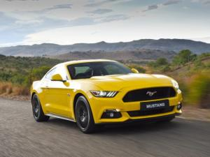 Ford Mustang 2.3 Ecoboost automatic - Image 6