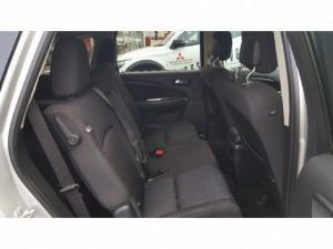 Dodge Journey 3.6 SXT - Image 10