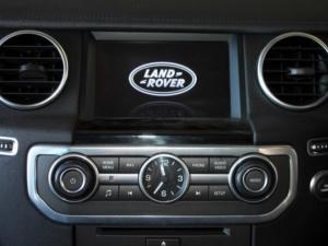 Land Rover Discovery 4 3.0 TD/SD V6 HSE - Image 17