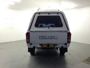 Isuzu KB 250 Fleetside - Image 5