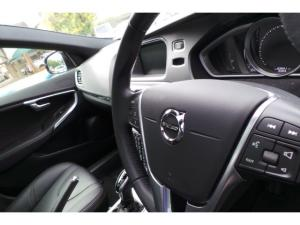 Volvo V40 Cross Country D4 Inscription - Image 14