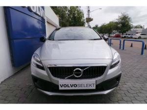 Volvo V40 Cross Country D4 Inscription - Image 2