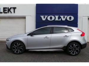 Volvo V40 Cross Country D4 Inscription - Image 3