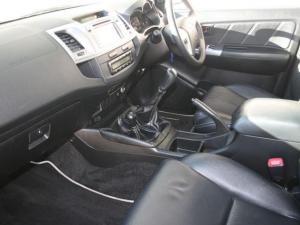 Toyota Hilux 3.0 D-4D Legend 45 4X4D/C - Image 5