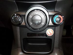 Ford Fiesta 1.0 Ecoboost Trend 5-Door - Image 10