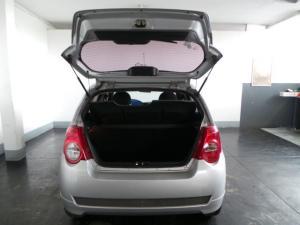 Chevrolet Aveo 1.6 L hatch - Image 5