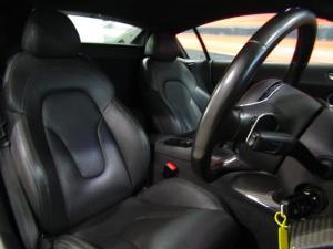 Audi R8 5.2 FSi Quattro automatic - Image 8