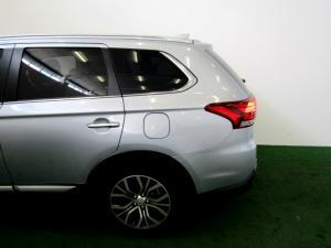 Mitsubishi Outlander 2.4 GLS Exceed CVT - Image 21