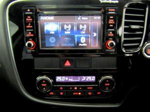 Mitsubishi Outlander 2.4 GLS Exceed CVT - Image 28