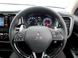 Mitsubishi Outlander 2.4 GLS Exceed CVT - Image 40