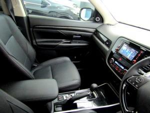 Mitsubishi Outlander 2.4 GLS Exceed CVT - Image 42
