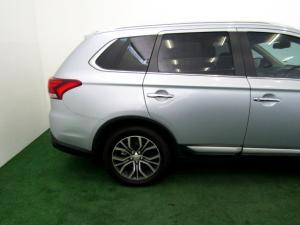 Mitsubishi Outlander 2.4 GLS Exceed CVT - Image 7