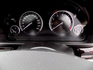 BMW 535i Activehybrid automatic - Image 15