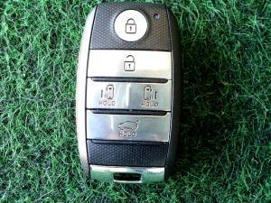 Kia Sedona 2.2D SXL automatic - Image 17