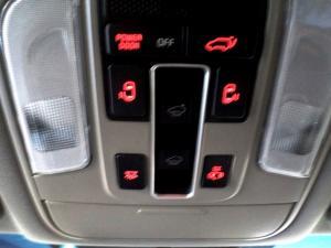Kia Sedona 2.2D SXL automatic - Image 25