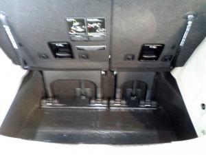 Kia Sedona 2.2D SXL automatic - Image 43