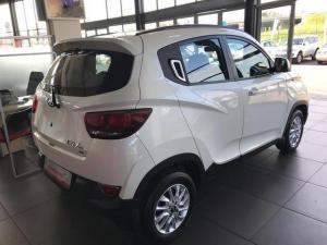 Mahindra KUV 100 1.2TD K8 - Image 9