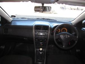 Toyota Corolla 1.6 Professional - Image 5