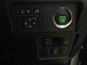 Toyota Land Cruiser Prado 3.0DT VX - Image 18