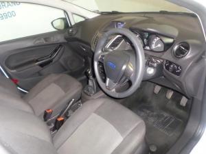 Ford Fiesta 5-door 1.0T Ambiente - Image 3